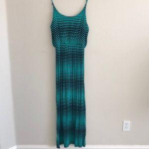 Dresses & Skirts - EUC Green with Black Stripes Maxi Dress SZ XL